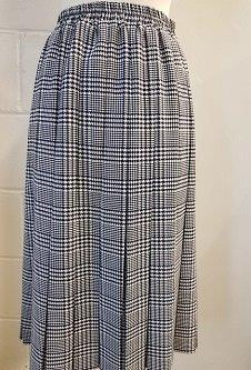 Nicole Lewis Box Pleat Skirt - Navy/White Dogtooth Check